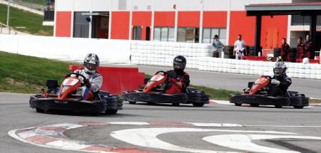 Campeonato de resistencia de karting en el Circuito de Navarra